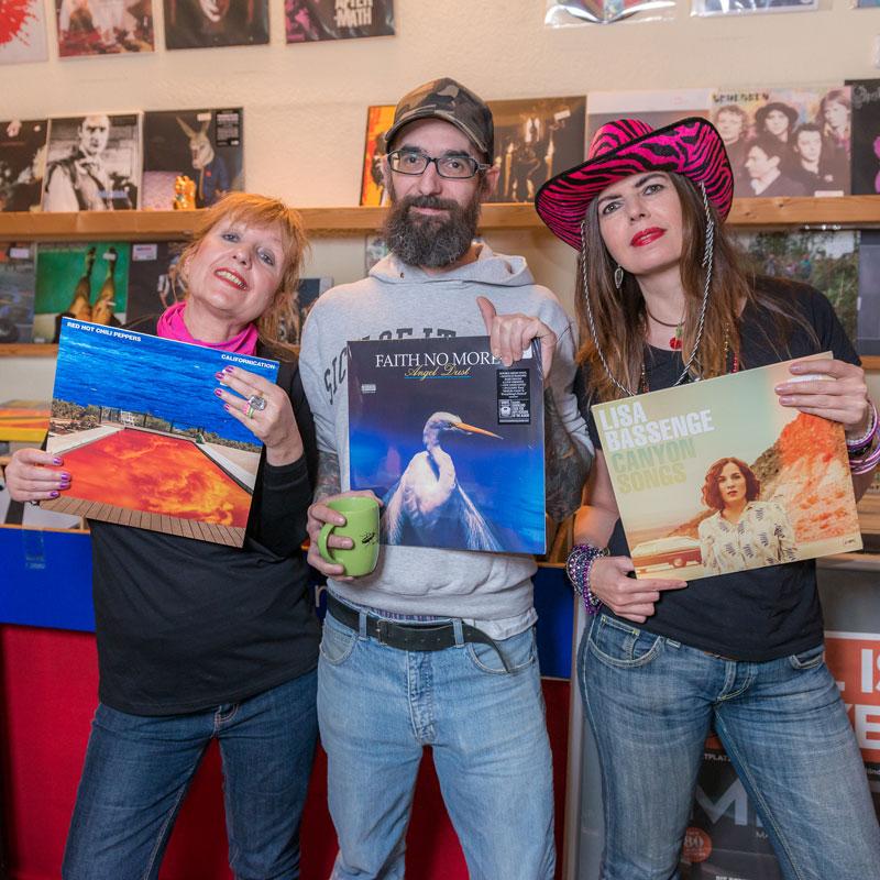 New Lifeshark Records Essen - Laden / Shop - Schallplatten machen glücklich