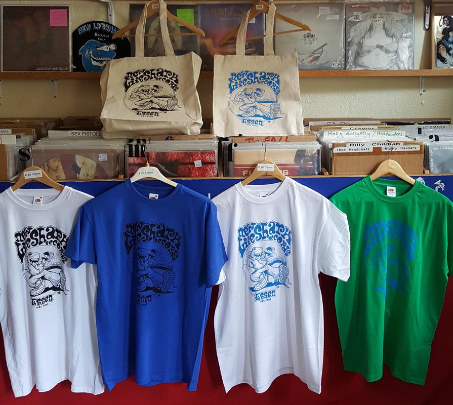 New Lifeshark Records - Taschen und T-Shirts