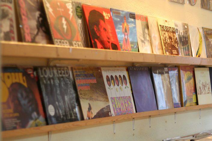 New Lifeshark Records Essen - Platten machen glücklich